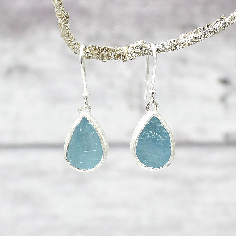 Aquamarine Gemstone Earrings: Ladies Designer Aquamarine Gemstone Silver Earrings