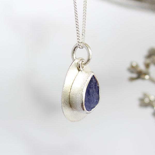 Coastal Tanzanite Gemstone Pebble Pendant Necklace
