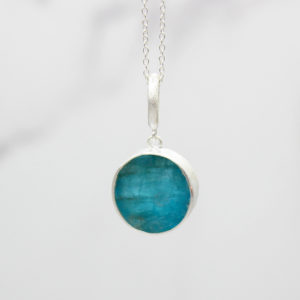 Apatite Natural Gemstone Handmade Ladies Silver Pendant